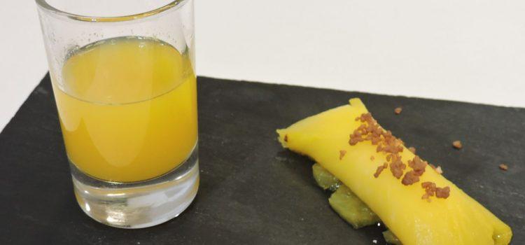 Branquil Bar > Delicia de cheescake envuelta con piña al azafrán y petazetas de chocolate (Sin Gluten)
